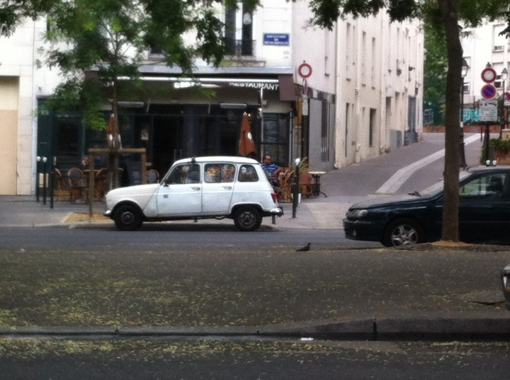 Old fashioned car in Paris
